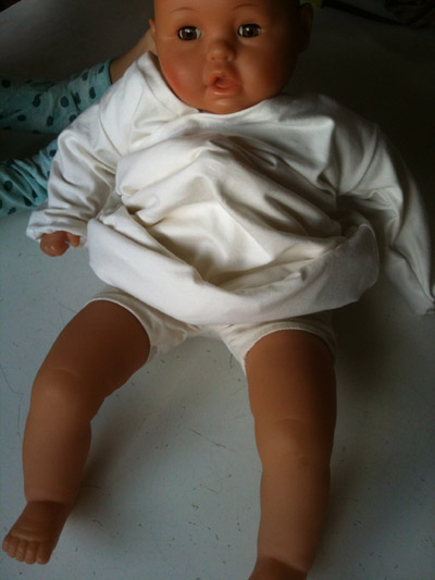 babygownblanc3.jpg